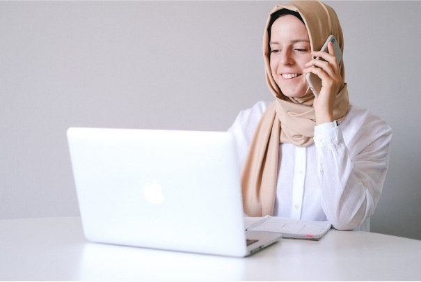 technology help in overcoming communication barriers